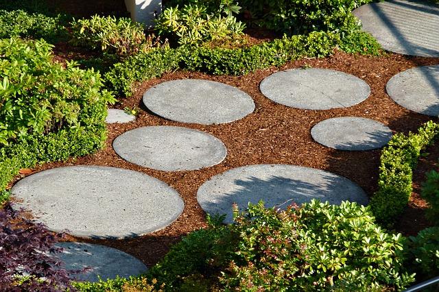 Steinweg für den Garten