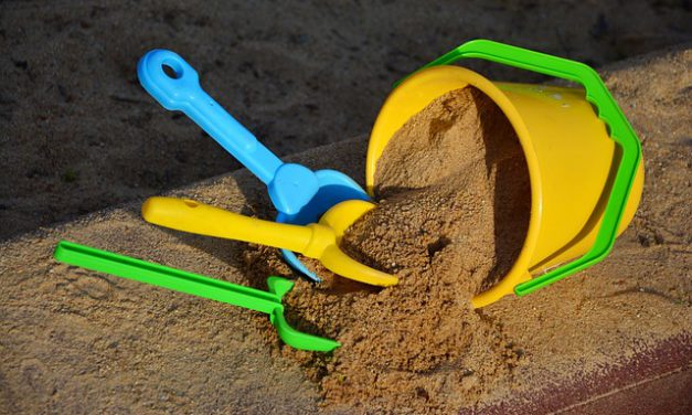 Einen Sandkasten für deinen Garten