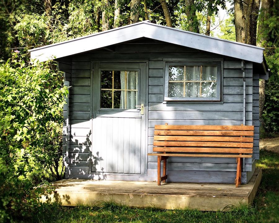angenehme temperaturen im gartenhaus verdunklungsrollos und weitere tipps garden blog. Black Bedroom Furniture Sets. Home Design Ideas